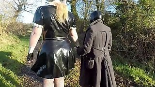 Miss Maskerade Exhibition In Full Rubber French Maid Adventure Outdoor Giving Latex Oral Job
