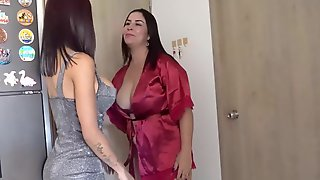 I Surprise My Boyfriend With A Wench And That Guy Cums On Her Anal Opening Kathalina7777