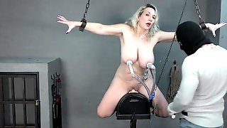 Sexy Mother Id Like To Fuck Milked On The Sybian