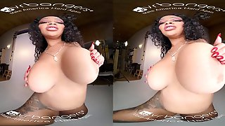 Ebony Honey Teasing And Fingering Before Session VR Porn - Milf With Black Tits