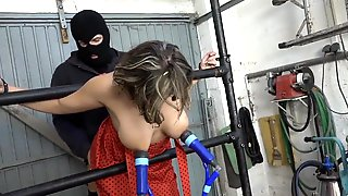 Farah Milked And Banged In The Garage