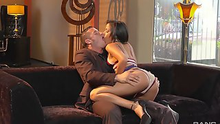 Never - Ending Orgasm Is Everything That Stunning Layla Sin Dreams