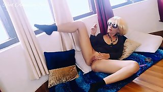 Hawt Amateur Blond Smokes Cigarettes And Sexually Moves In Hawt Suit