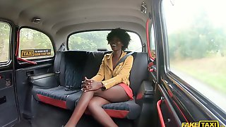 Dark-skinned Nympho With Natural Boobs Gets Boned In The Car