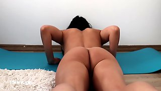 Amazing Girl Stretching Her Small Pussy In A Naked Yoga Session 8 Min