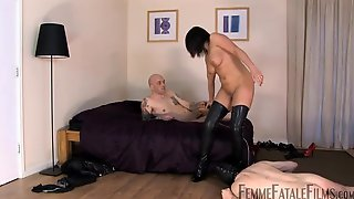 Breasty Brunette Hair In Haunch High Boots With High Heels, Mastix Carly Is Into Serious Cuckolding