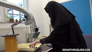 Muslim Woman Likes To Keep Her Traditional Outfit On Even While Cheating On Her Husband