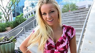 Gorgeous Blonde Has A Pretty Face And An Even Prettier Pussy