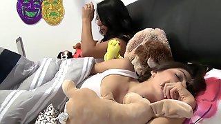 Super Sex Women Having Filthy Lesbo Sexxx