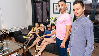 Squirting And Anal In This Groupsex Session