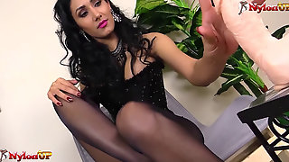 Domme Alexya Footjob Wearing Tights And Stockings
