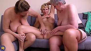Hot Lesbo Sex With Mature Busty Lesbians
