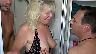 German Mature Mom At Private Amateur Threesome