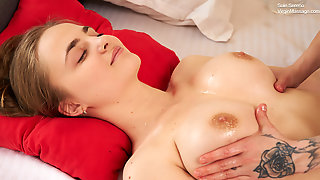 Skinny Masseuse Massages Virgin Teen Sole Sereno Her Tits And Pussy