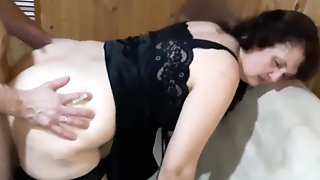 Yam-Sized Arse Lady Is Getting Pulverized From The Back And Providing A Sucky-sucky To Her Paramour