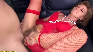GRANNYGUIDE - Gross 76 Years Aged Granny Very First Time Rectal