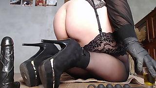 Meaty Stepmother Anal & Vaginal Onanism (anal Beads & Dildo)