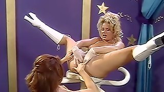 Butt Slammers - Chloe And With Bruce Seven And Johnni Black