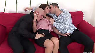 Amateur Hottie Enjoys Getting All Of Her Holes Fucked By 2 Guys