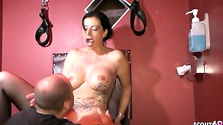 Making Of And Da Cada In German Milf Bts No Condom Sex With Stranger In Club