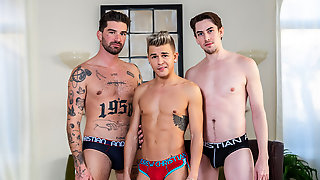 Jack Hunter Sucks Andy Taylor Cock Whie Chris Damned Banged His Ass