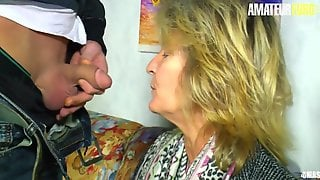 XXXOmas - Lascivious German Granny Gets Her Pierced Snatch Screwed By Youthful Dude - AMATEUREURO