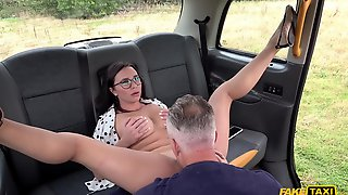 Shameless Brunette With Glasses Cheats On Her BF With Horny Taxi Driver