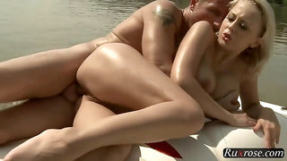 Stunning blonde babe gets fucked on the boat