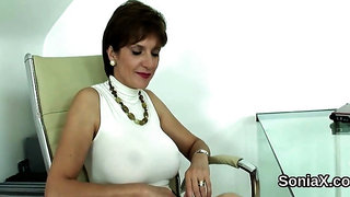 Unfaithful english milf lady sonia reveals her monster puppies