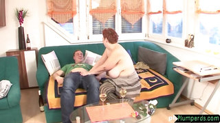 Mature bbw gets her flabby pussy fucked