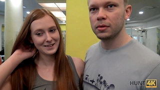 HUNT4K. Couple was working out in gym when rich hunter came by