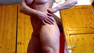 Sexy fbb nude
