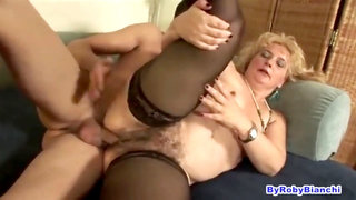 Furry italian mature in tights is horny