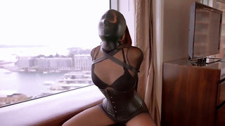 facemask and breath play