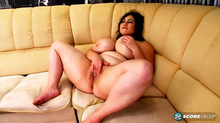 Curvaceous brunette with big tits, Ivanna Lace couldnt wait to go home and masturbate all day