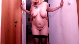 Step-mom wants to fuck again.her fat bootie & fat jugs make me