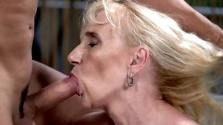 Young stud gave old mistress drilling she was looking for