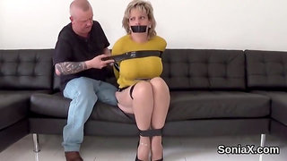 Adulterous british milf lady sonia pops out her big jugs
