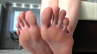 Long Toes #3