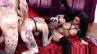 Ass fucked goth in 3way