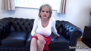 Adulterous british mature lady sonia pops out her giant globes
