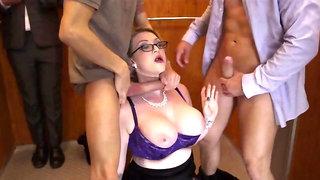 Horny blonde MILF is having sex in a stuck elevator