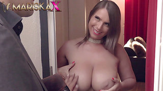 Slinky Susi uses her huge juggs to her advantage