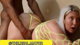 Kali KaKez big fat ass fucked in doggy in interracial hardcore