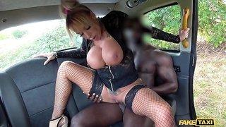 Brooke Jameson fucking hunky black dude in the car