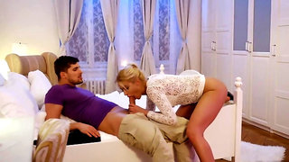 Slender European blondie named Cherry Kiss pleasing her hunk