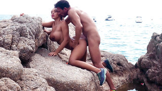 Fitness babe Briana Banderas fucked by the ocean