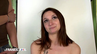 La France A Poil - Shy Brunette Poses For Sexy Nude Pho
