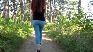 Beautiful Girl doing Blowjob in the Park / PUBLIC BLOWJOB