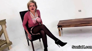 Cheating british milf lady sonia shows her big knockers